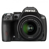 Зеркальная камера Pentax K-50 + объективы DA L 18-55 WR и DA L 50-200 WR черный