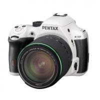 Зеркальная камера Pentax K-50 Kit + объектив DA 18-135 WR белый