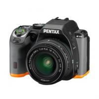 Зеркальная камера Pentax K-S2 + объектив DA 18-50mm DC WR, черный/оранжевый