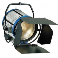 Галогенный осветитель ARRI Studio T12 L0.82120.B